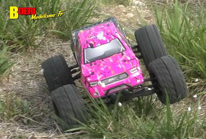 essai maverick quantum mt 4x4 monster truck électrique 1/10 réf 150101