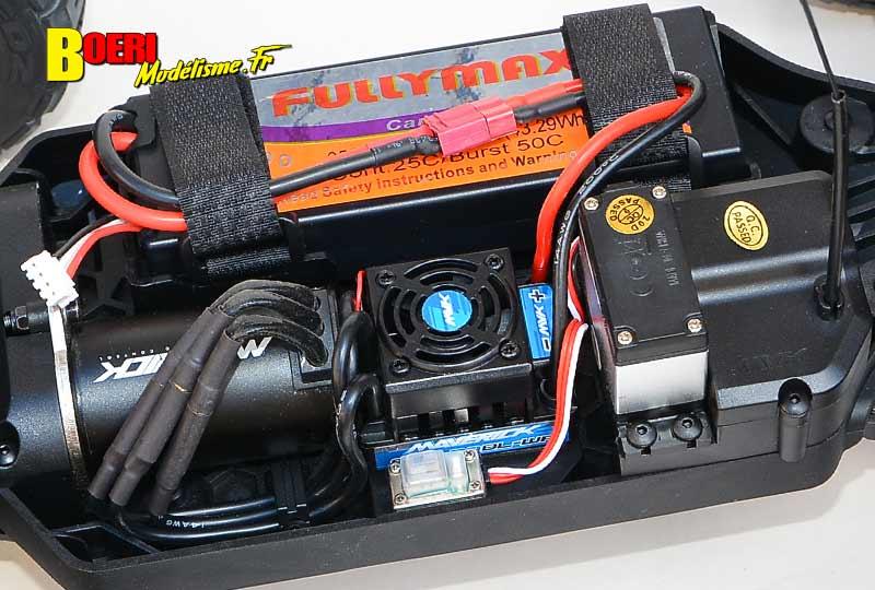 essai maverick quantum xt flux stadium truck électrique brushless 1/10 réf 150206